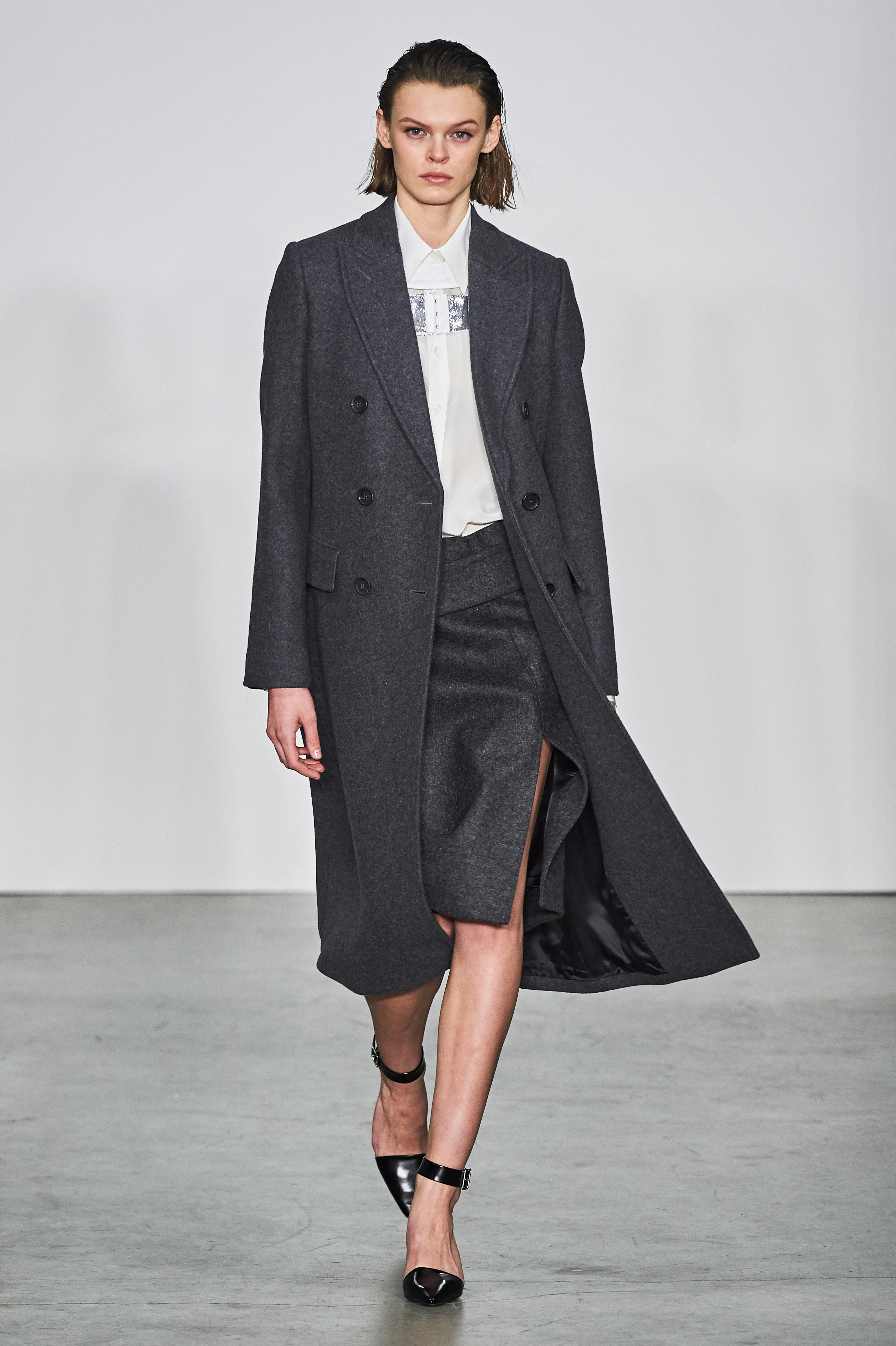 Helmut Lang Reinvents the Suit for Fall 2019 | V Magazine