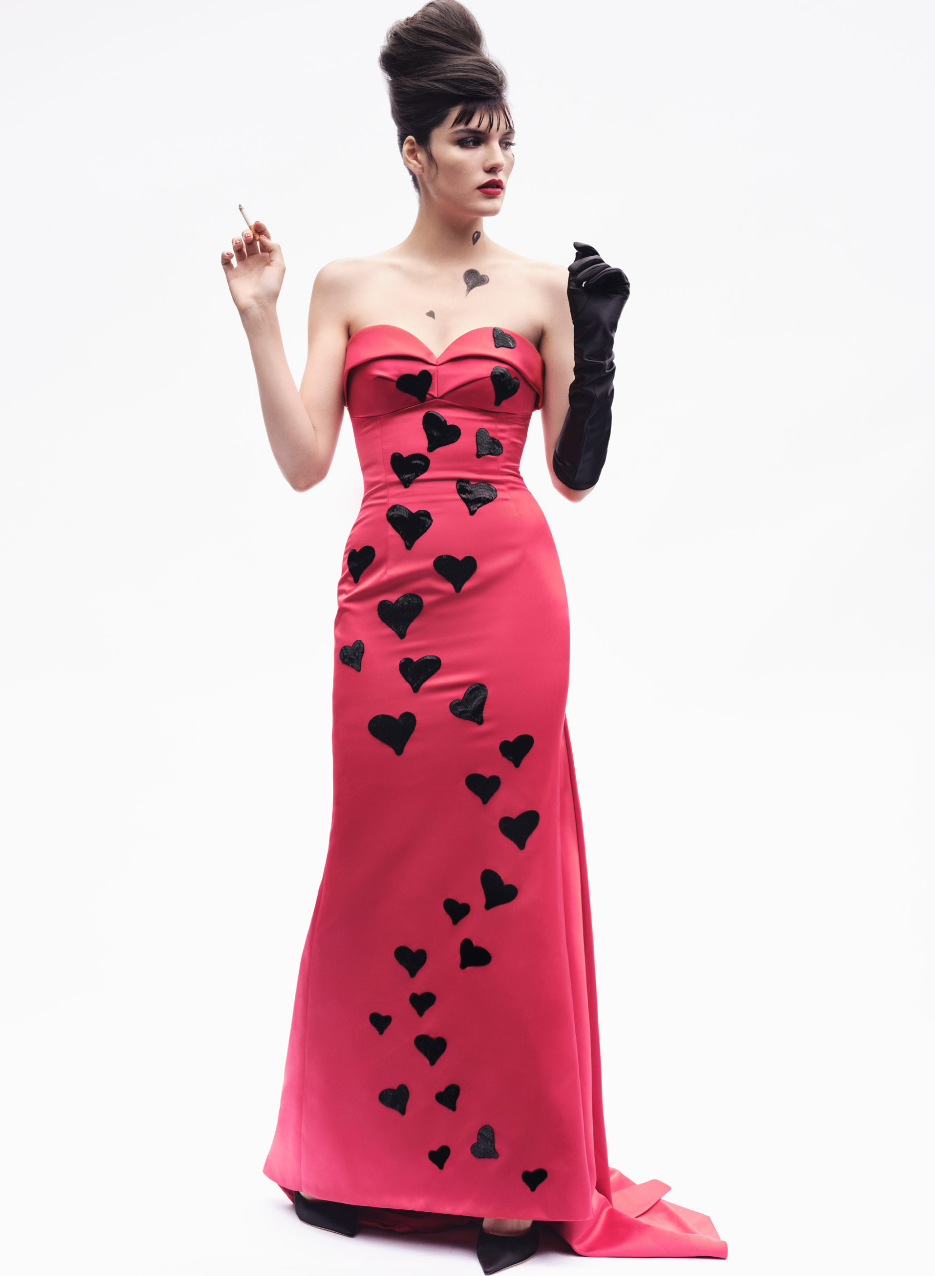 Dress <strong>Moschino</strong>, Glove <strong>Agnelle</strong>, Shoes <strong>Jimmy Choo</strong>, On lips <strong>MAC</strong> Powder Kiss Lipstick Lasting Passion